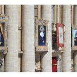 Papa canoniza quatro novas santas e pede reconciliação