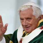 Pope Benedict XVI waves as he leads the Sunday mass during his one day pastoral visit to the Italian southern city of Lamezia Terme October 9, 2011.  REUTERS/Max Rossi  (ITALY - Tags: RELIGION)
