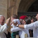 """Para a Igreja, """"a família é a Constituição"""", diz o Papa Francisco"""