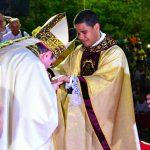Trindadenses Festejaram com Muito Entusiasmo a Ordenação Sacerdotal de Seu Filho Leandro