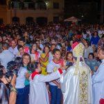 Fechamento da Porta Santa e a confirmação (crisma) de vários jovens marcaram o fim do Ano Jubilar